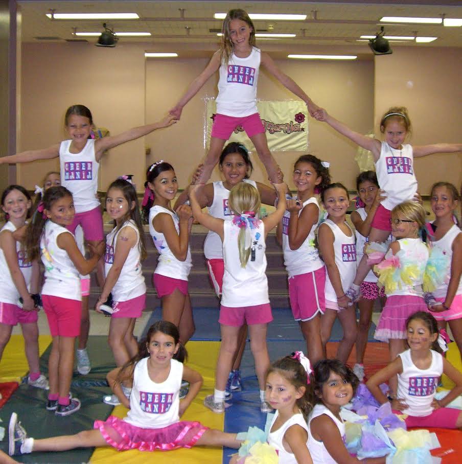 Cheer Mania Party_Cheer Camp Pyramid